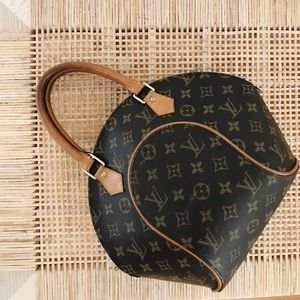 Authentic Louis Vuitton Ellipse bag 1998